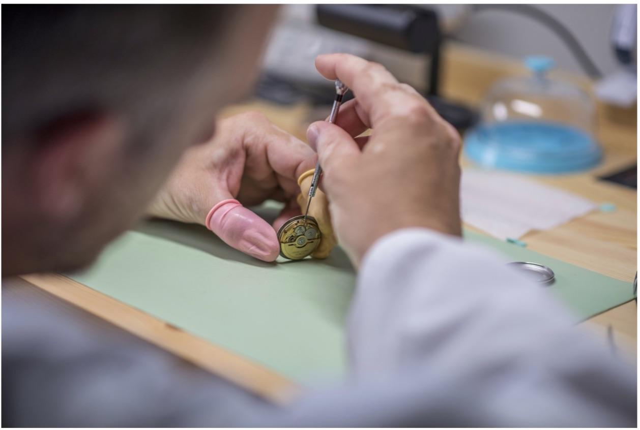 Vancouver watchmaker Howie Woiwod
