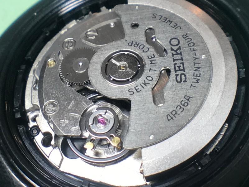 Seiko 4R36A movement in case
